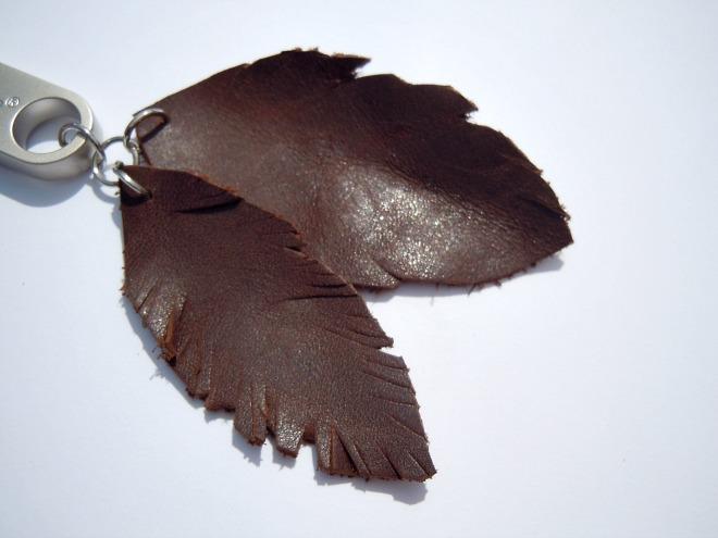 feather-leather-diy-accesory-keyring-diyearte-handmade-plumas-piel