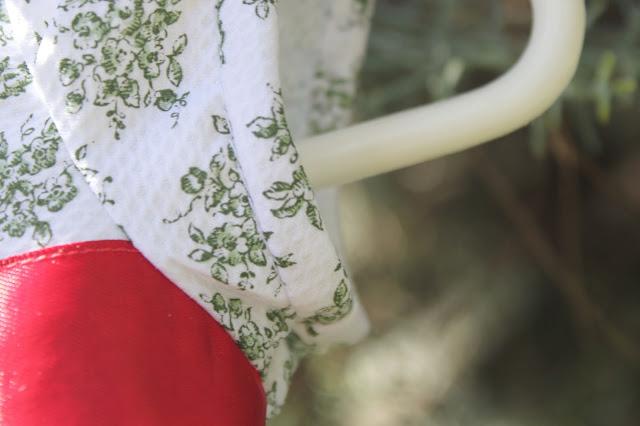 DIY Ropa de bebé: Vestido de flores y mangas de globo. patrón gratis