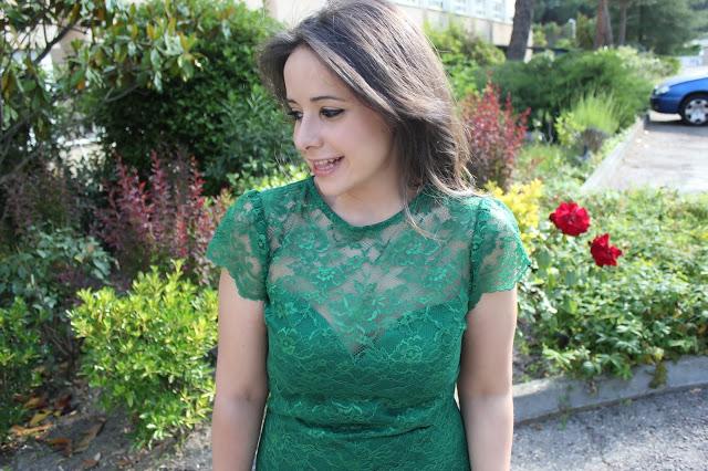 DIY costura: Vestido de encaje y escote de corazón