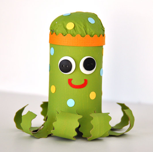 Kids Crafting – Octopus Puppet