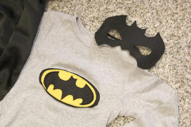 DIY Cómo hacer disfraz de batman para niños. Blog de costura y diy.