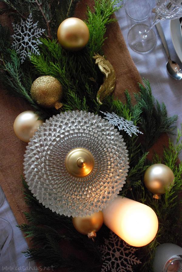 Mesa de Navidad en dorados por Casa Haus