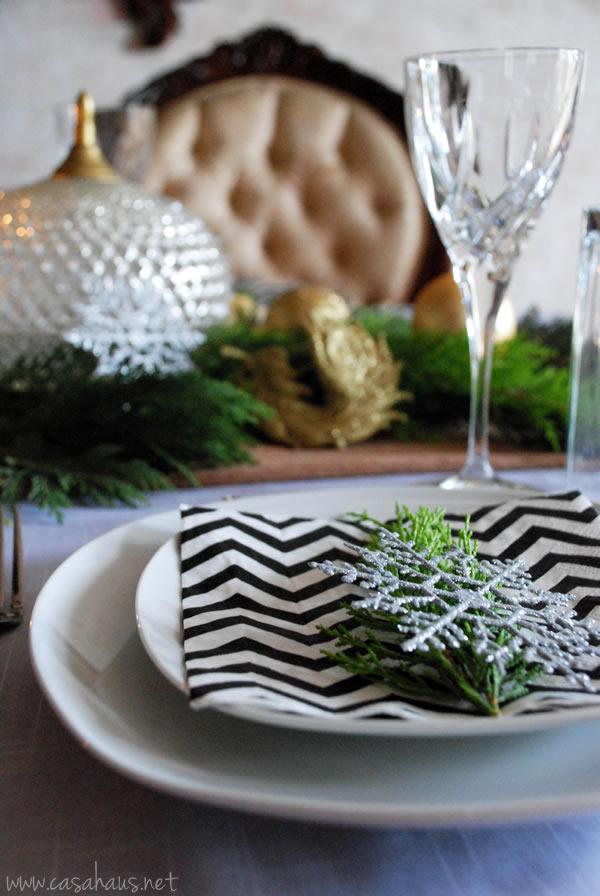 mesa Navidad dorada por Casa Haus