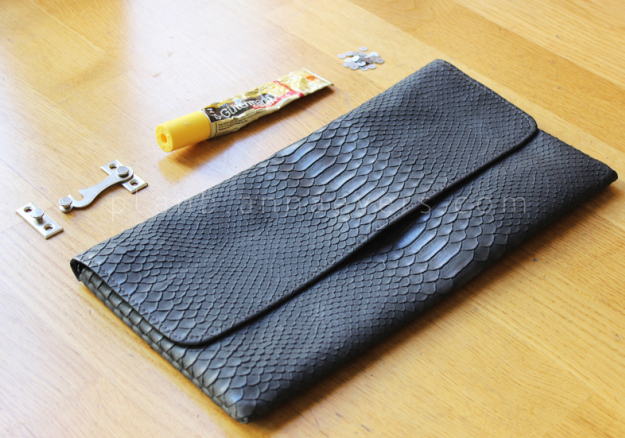 Plan B anna evers DIY Clutch with latch materials