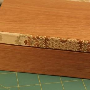 forrar una caja con chapa de madera