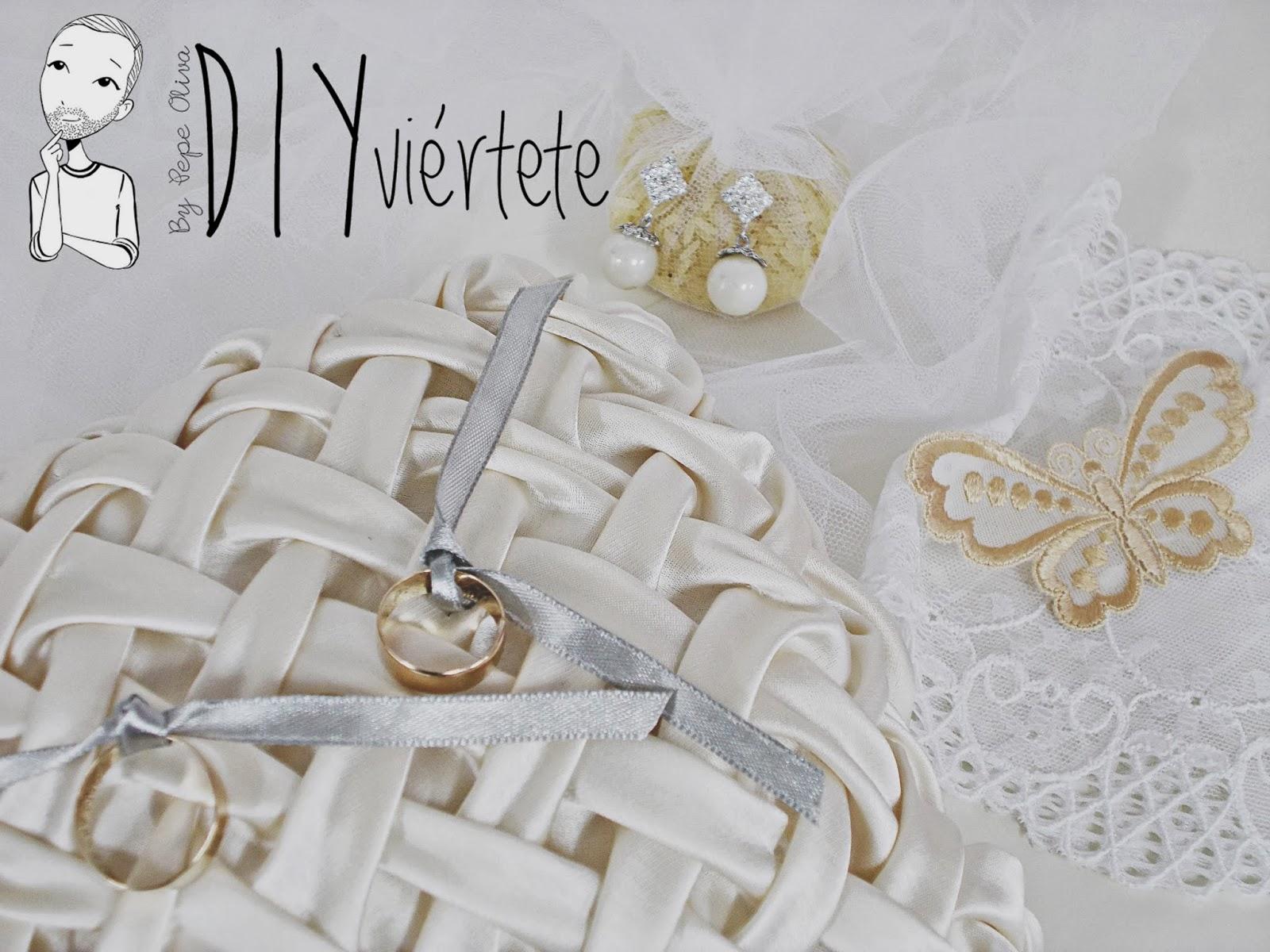 DIY-Costura-cojín-3d-alianzas-boda-enlace-ceremonia-DIYviertete-logo