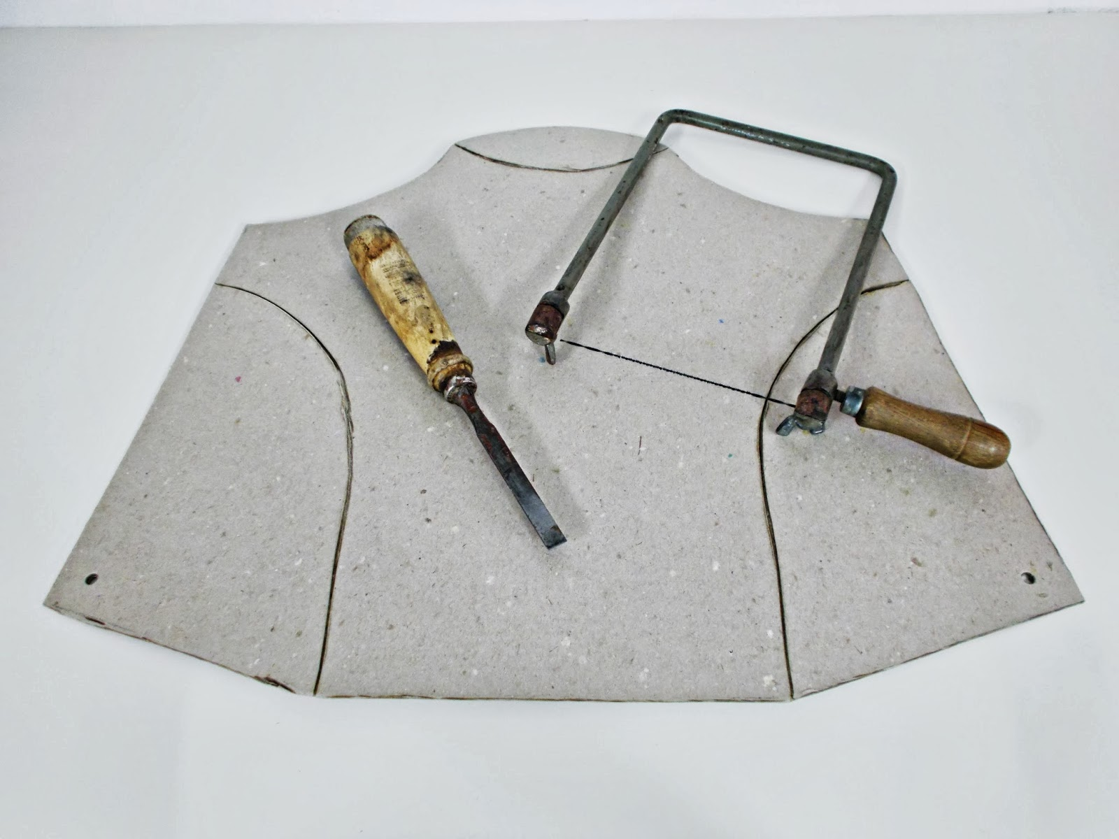 DIY-expositor-cartón-bisutería-soporte1