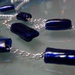 Cuentas para collares de plástico reciclado de color azul. Rosa Montesa. Reciclado Creativo https://www.youtube.com/watch?v=kyEi0X1mbvY&list=TLUE949oSShwiCZRZbDHp9zjsK4Rs1e9Su