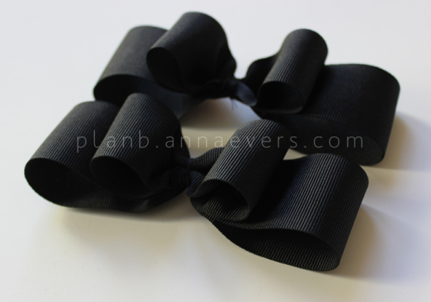 Plan B anna evers DIY Bow shoes step 3