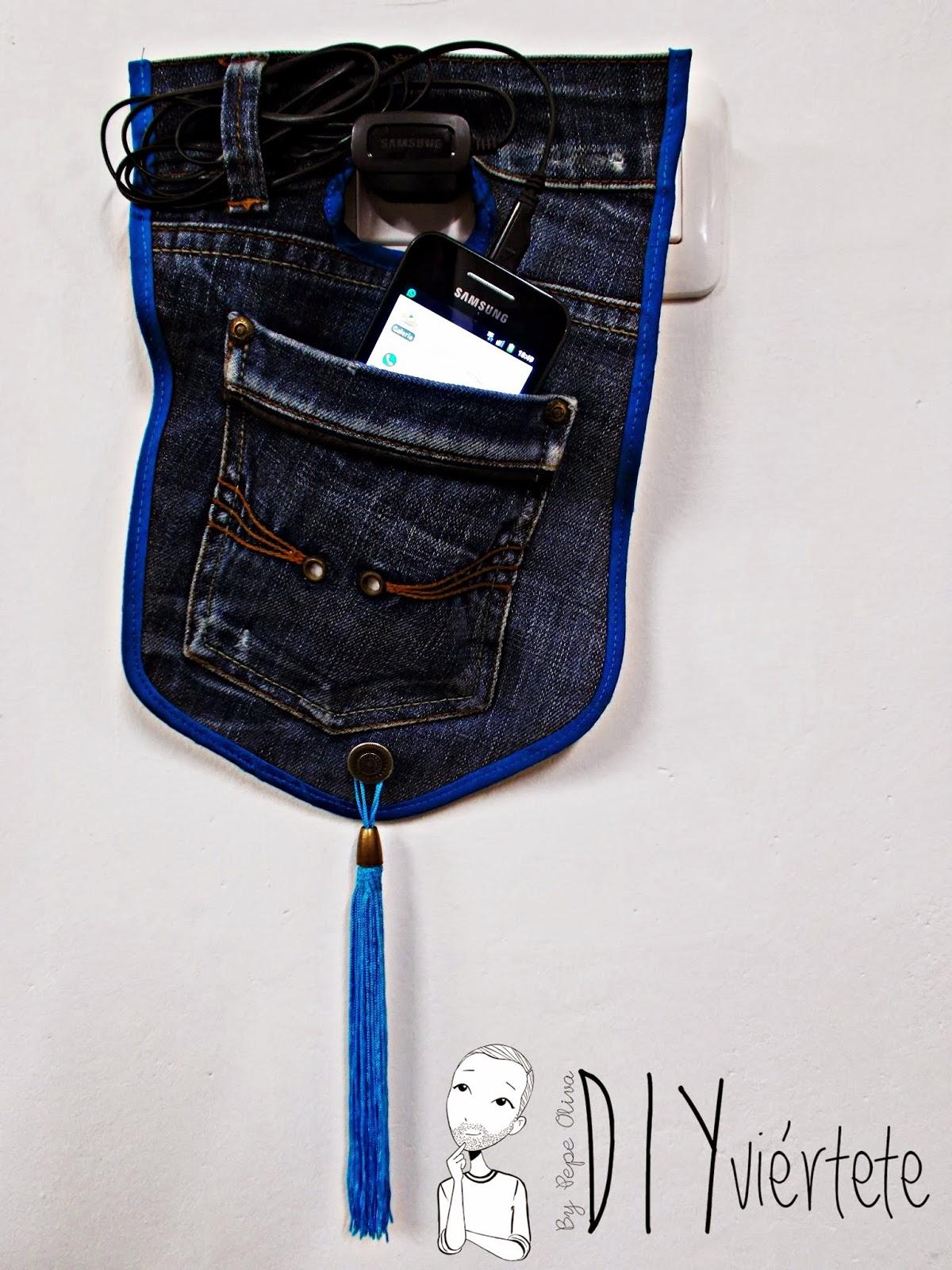 DIY-costura-reciclar-costumizar-vaquero-cargador-móvil-DIYviértete