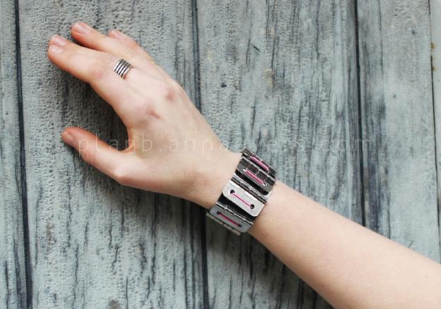 Plan B anna evers DIY Hinge bracelet