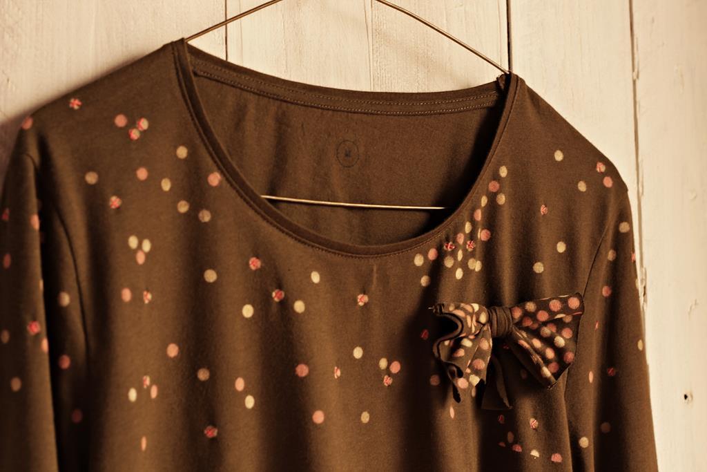 camiseta tuneada lunareada con lazo lateral