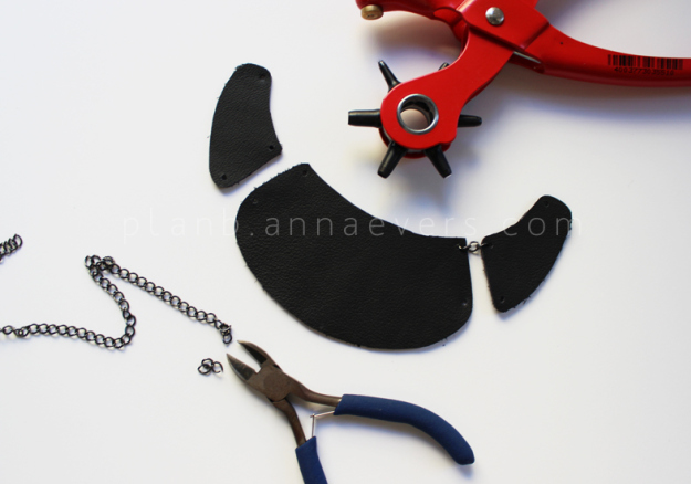 Plan B anna evers DIY Multi chain necklace step 2