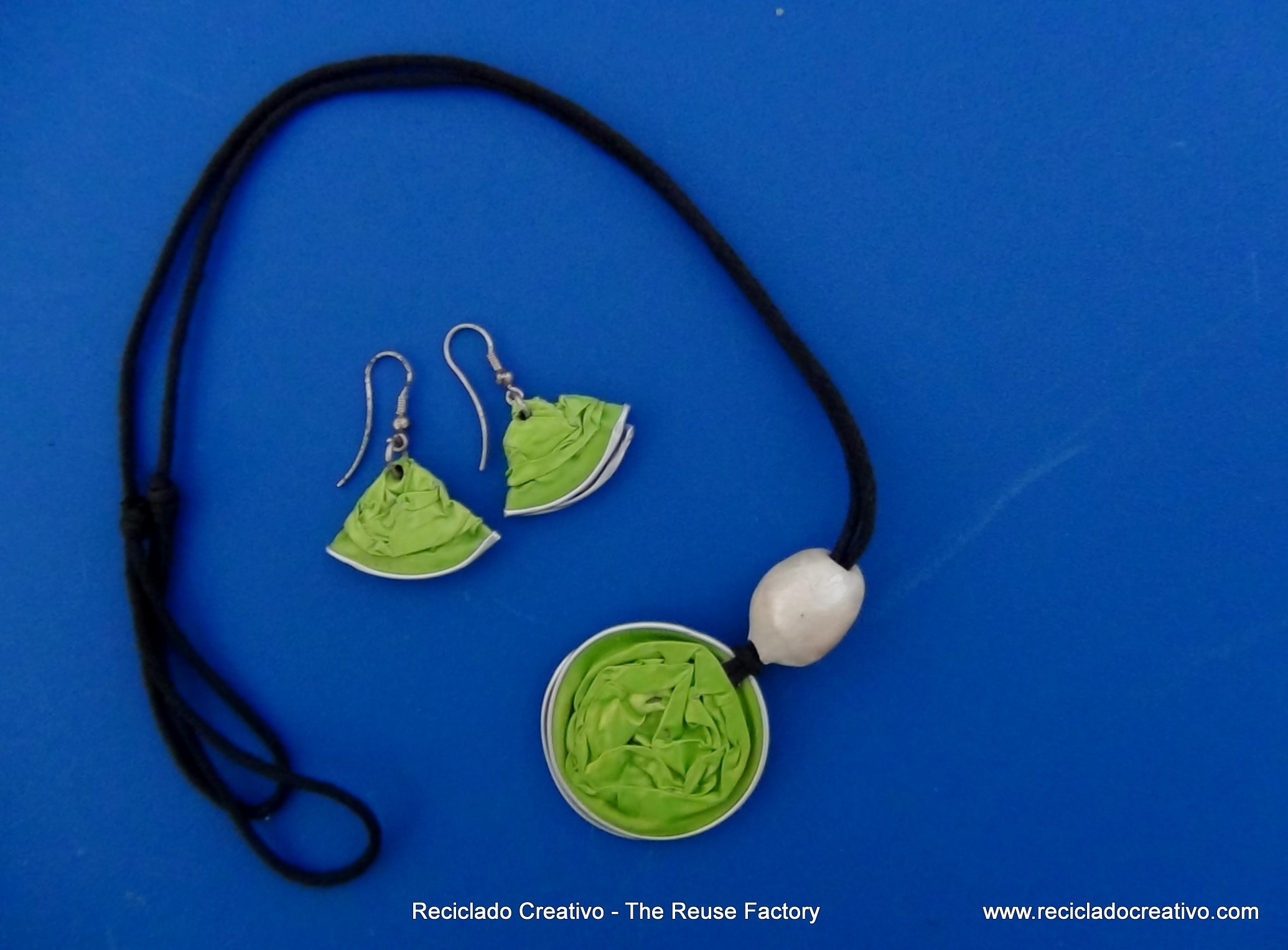 Top 50 Recycled, Reused and Upcycled, The Reuse Factory. Los + de Reciclado Creativo,  (7)