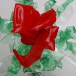 Cómo hacer flores rojas tipo orquídeas reciclando una botella de plástico - How to make red flowers like orchids recycling a plastic bottle https://youtu.be/o9ZJGZDIp3g