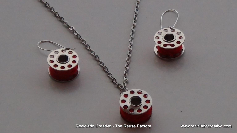 Colgante para collar y pendientes realizados reutilizando carretes de hilo de máquina de coser. How to make earrings and necklace with sewing machine bobbins