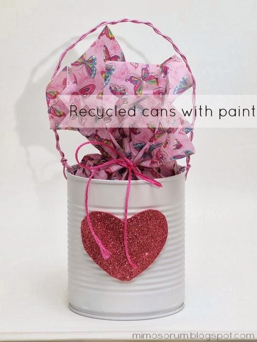 Reciclar latas con pintura.