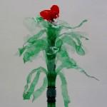 Cómo hacer flores rojas tipo orquídeas reciclando una botella de plástico - How to make red flowers like orchids recycling a plastic bottle