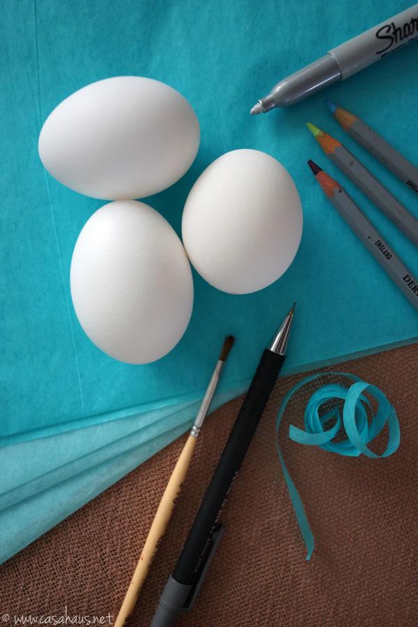 Casa Haus: Easter egg supplies / materiales para hacer huevos de Pascua