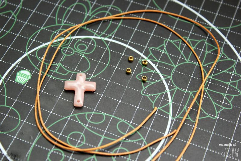 materiales para hacer pulsera de comunion de cruz y cuero