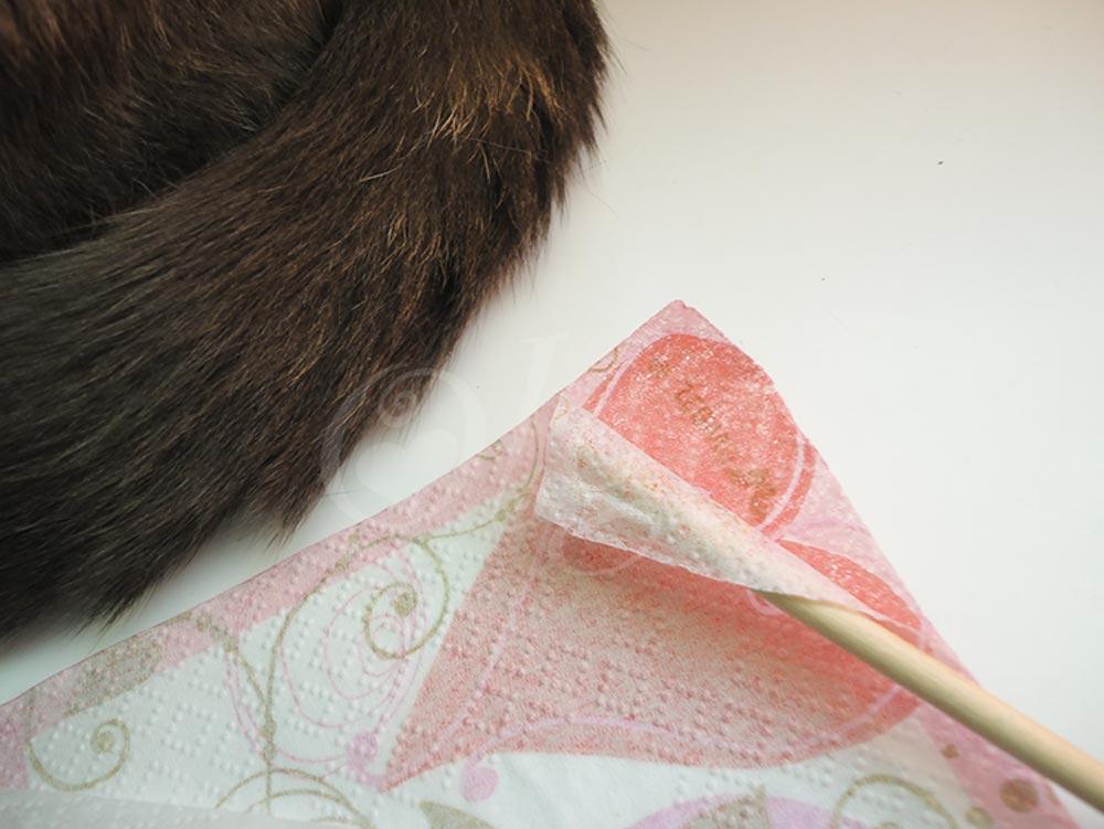 como-hacer-papel-scrap-con-servilletas.diy-homemade-scrapbooking-paper-napkin