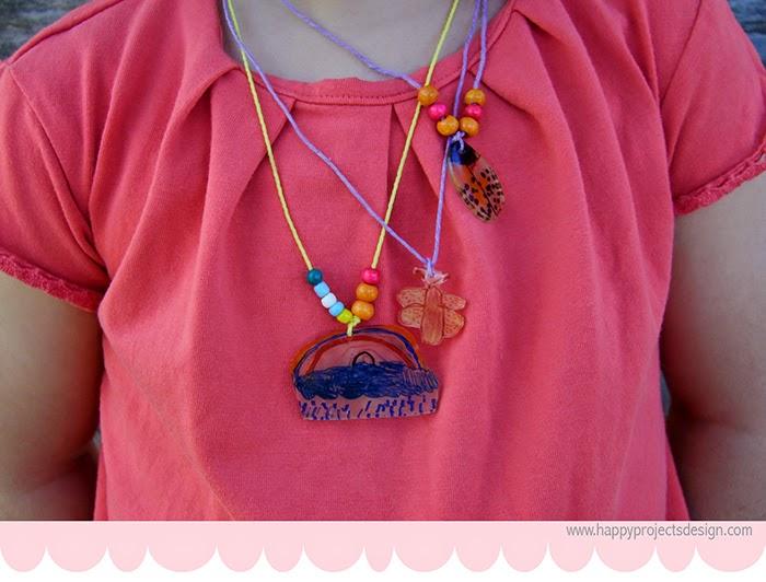 DIY: Collares de plástico mágico