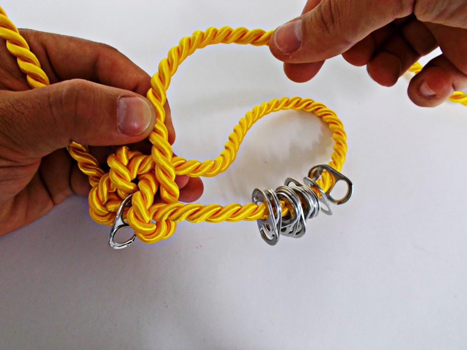 DIY-collar nudos-bisutería-hebillas refrescos-reciclar-reutilizar-5