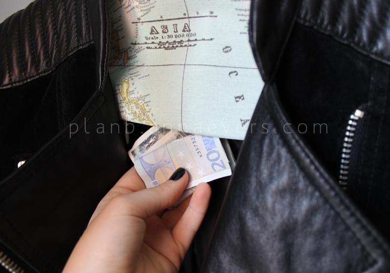 Plan B anna evers DIY Secret hanger (free pattern)  DIY