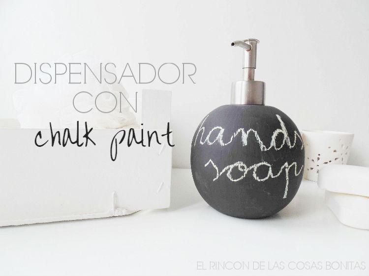 dispensador de jabón con pintura de pizarra
