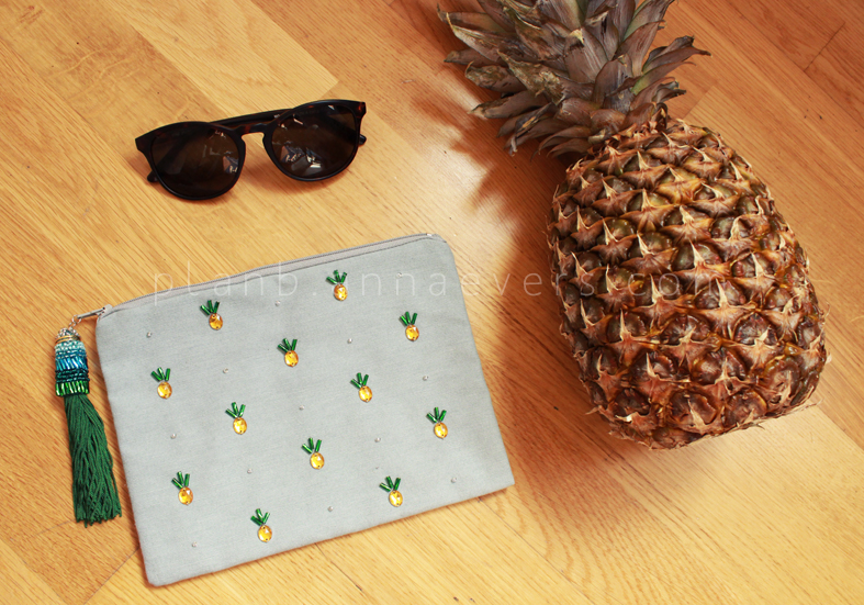 Plan B anna evers DIY Pineapple Pouch..