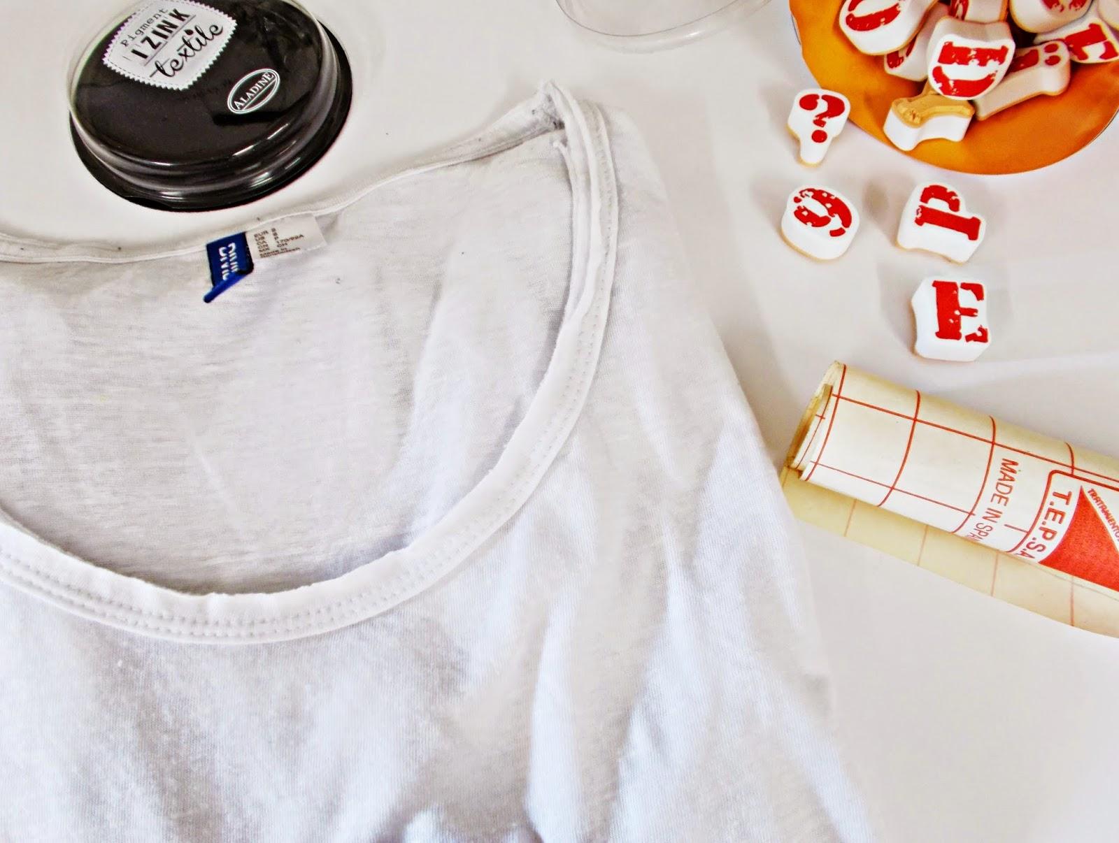 DIY-camiseta-pintada-estarcido-sello-tinta-estrella-DIYviertete1