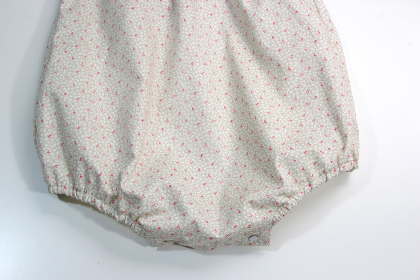 DIY Pelele para niño: Punto y tela (patrones gratis) - HANDBOX
