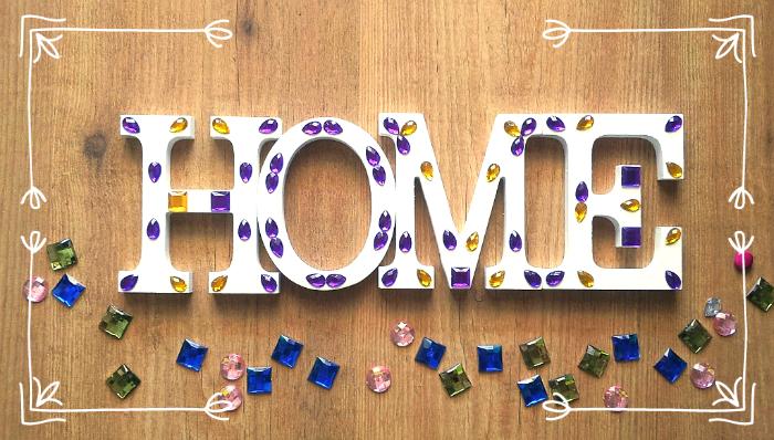 Vídeo tutorial diy para decorar letras de madera con abalorios y que haga efecto mosaico