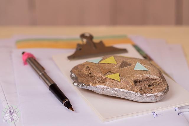 pisapapeles de piedra pangala
