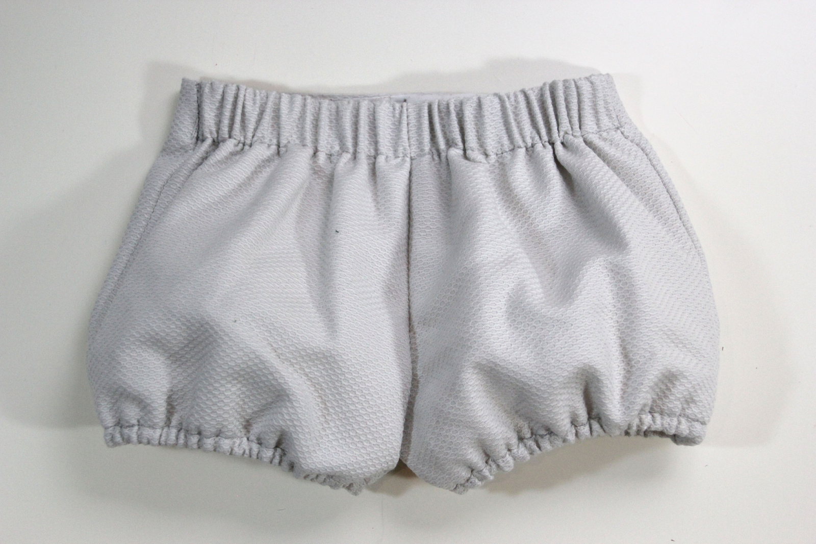 Patrones y tutoriales de ropa para niños y bebés gratis - HANDBOX