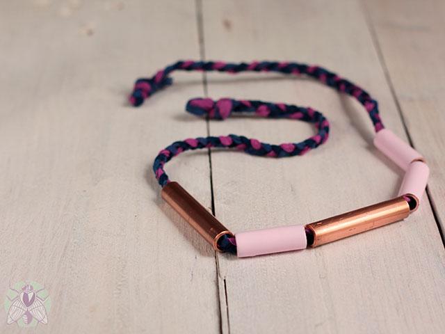 collar-cobre-y-rosa-missoluciones-pangala