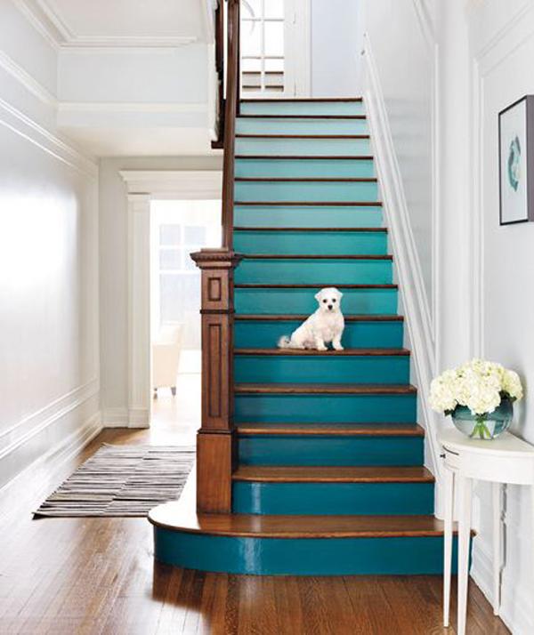 Ombré staircase // Escaleras ombré // Casa Haus
