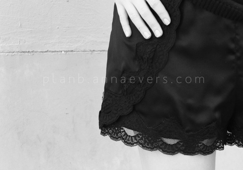 Plan B anna evers DIY Lace short zoom