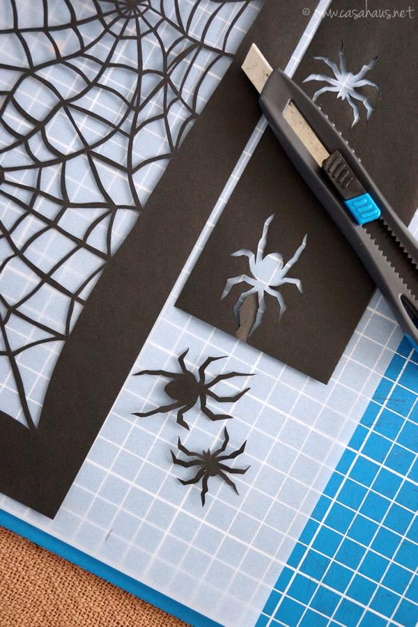 Cutting the spiders / Cortando las arañas // Casa Haus