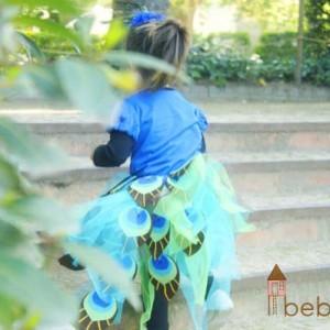 El disfraz de pavo real de mi niña