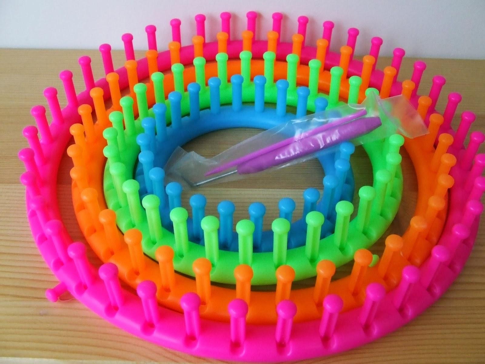 Bufandas, cuellos y gorros con telares circulares - Handbox Craft ...
