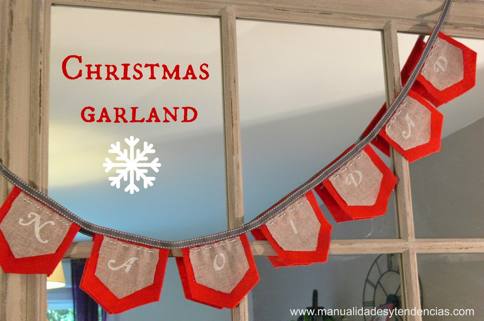 Felt Christmas garland tutorial