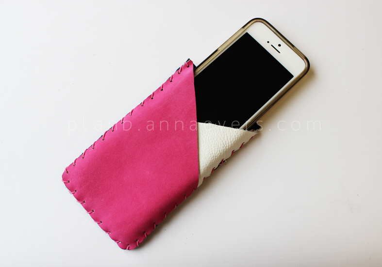 Plan B anna evers leather accessories workshop phone case