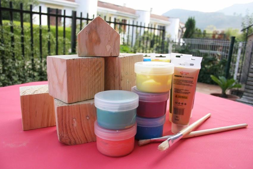 Pequeños arquitectos: Juego de apilables con bloques de palet pintados con chalk paint4