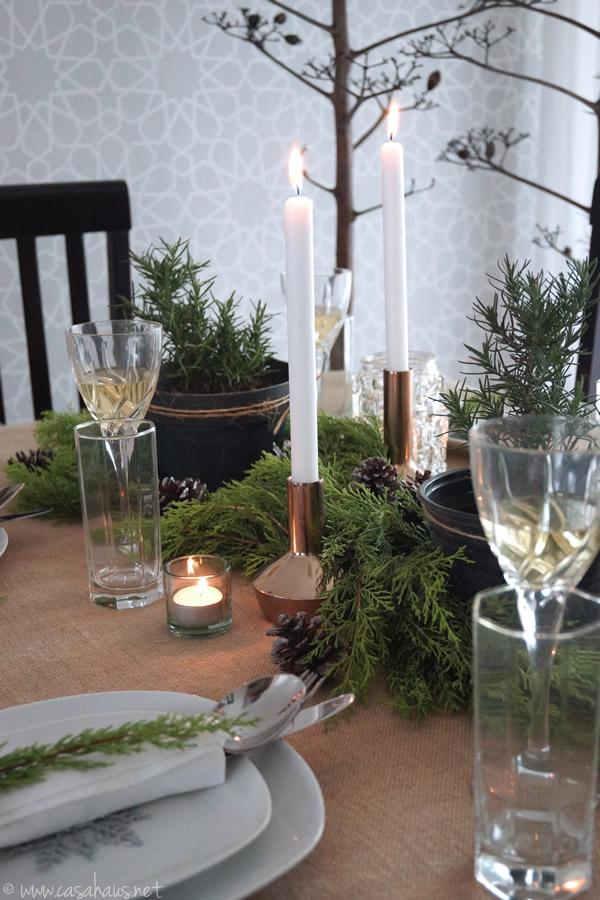 Rustic Christmas table setting // Mesa rústica para Navidad // Casa Haus