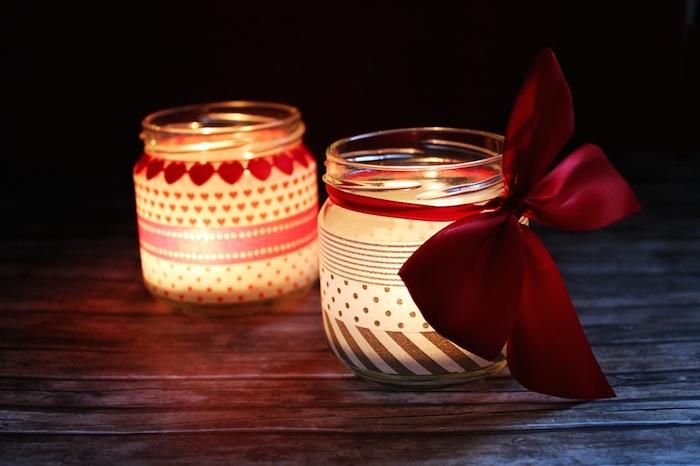 Botes con velas y whasi tape para navidad