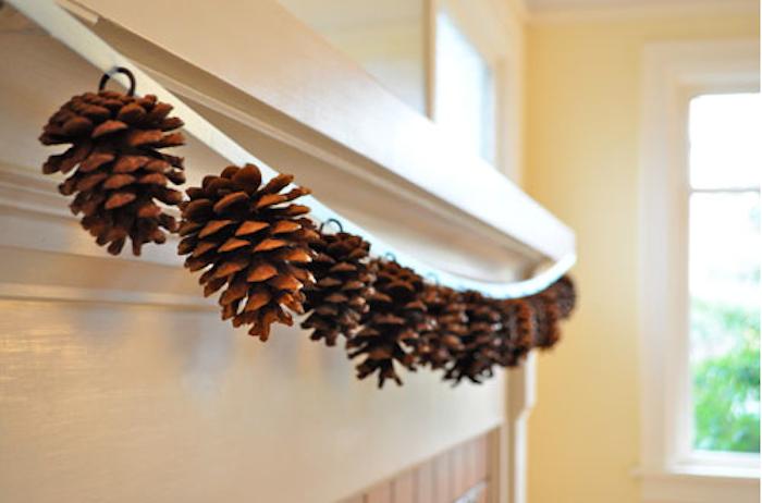 Piñas naturales para decorar la navidad