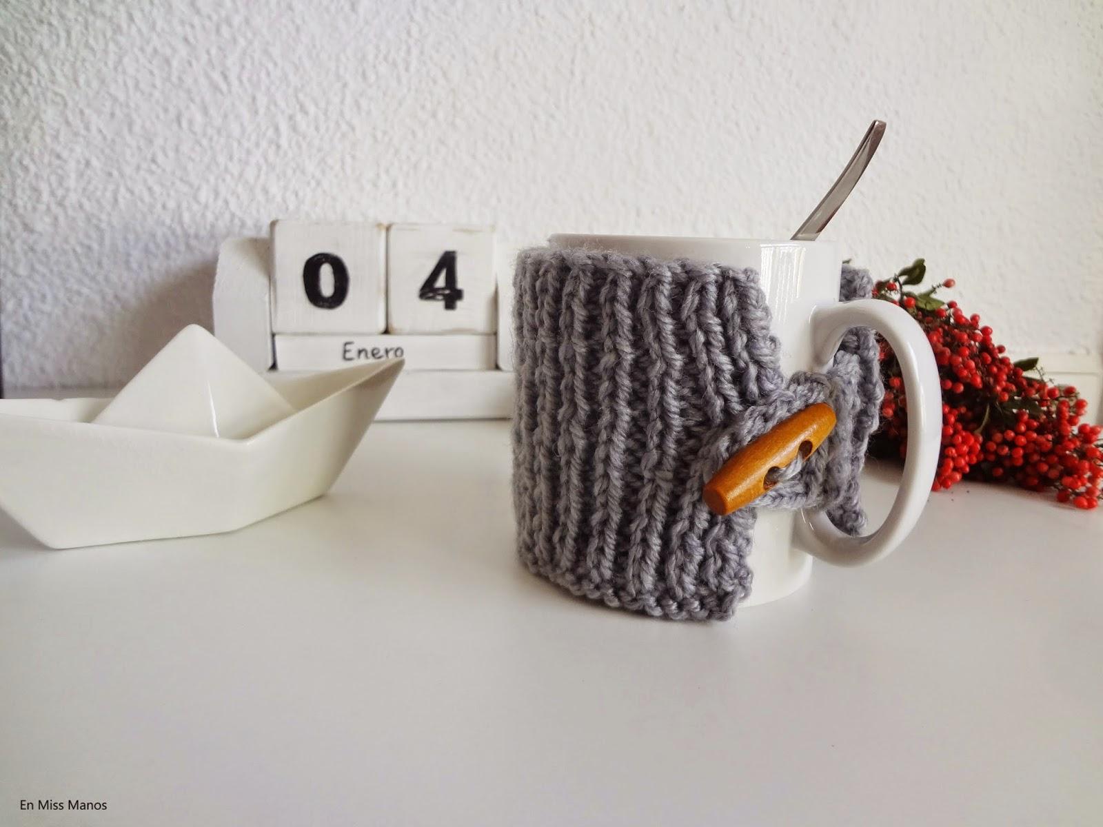DIY Cubre tazas punto y ganchillo + tazas pintadas a mano - Handbox ...
