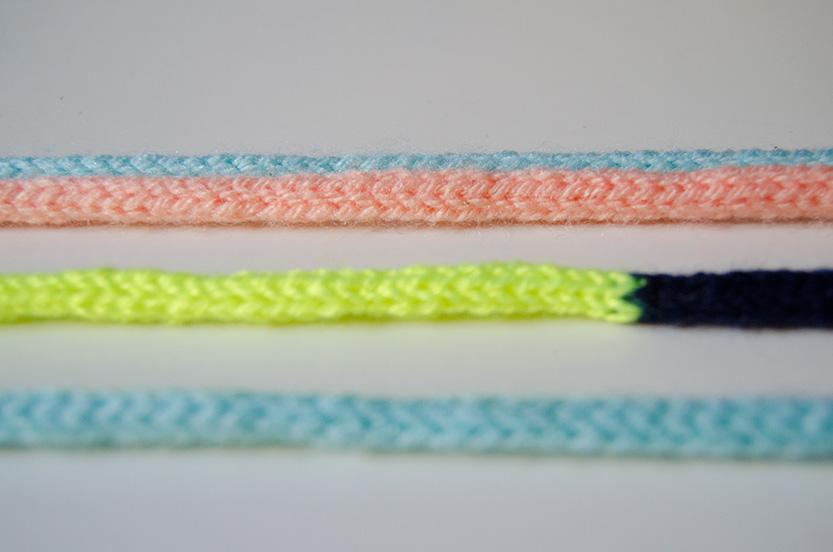 diy-tutorial-tejer-cordones-de-colores