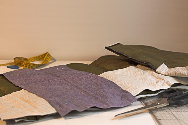02 disponer las telas taburete personalizado pangala